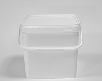 Square – shaped feta packaging pails