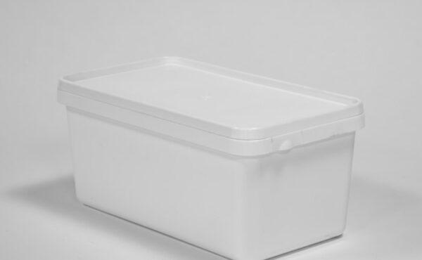 Square – shaped feta packaging pails